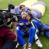 Patricia Conde y Miki Nadal se acaban de lanzar en paracaídas