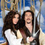 Óscar Jaenada y Pilar Rubio en 'Piratas'