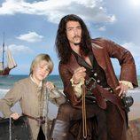 Óscar Jaenada y Áxel Fernández en 'Piratas'