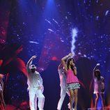 Lucía Pérez ensaya en Eurovisión 2011