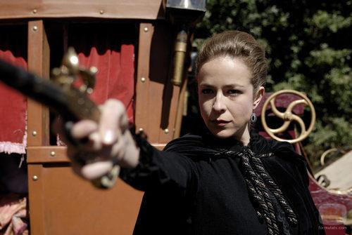 Blanca Díaz de Andrade (Silvia Abascal)