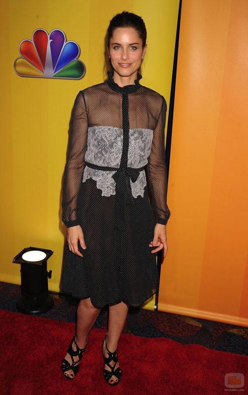 Amanda Peet de 'Bent' en los Upfronts 2011