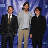 John Cryer, Ashton Kutcher y Angus T. Jones de 'Dos hombres y medio'