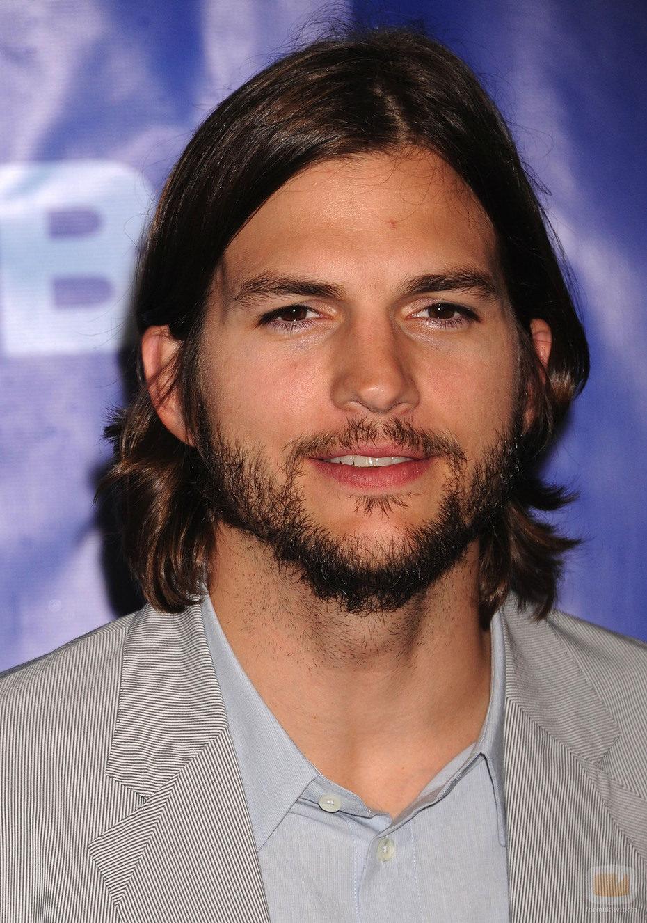 Ashton Kutcher. nuevo actor de 'Dos hombres y medio'