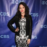 Kat Dennings de '2 Broke Girls'