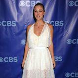 Kaley Cuoco en los Upfronts 2011 de CBS