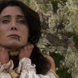 Pilar Rubio, capturada y ahorcada en 'Piratas'