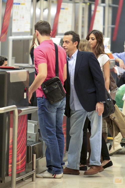 Íker Casillas, JJ Santos y Sara Carbonero antes de facturar