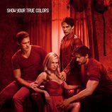 Cartel promocional de la cuarta temporada de 'True Blood' en rojo
