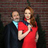Cristina Castaño tira de la corbata a José Luis Gil en 'La que se avecina'