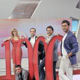 Susanna Griso y su equipo de colaboradores