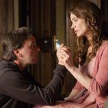 Gustavo habla con su mujer Emma en 'Gran reserva'