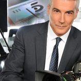 David Cantero presenta 'Informativos Telecinco'