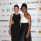 Silvia Jato y Francine Gálvez, presentadoras de la gala de entrega de los ATV 2011