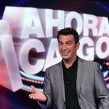 Arturo Valls junto al logo de '¡Ahora caigo!'