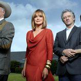 Larry Hangman, Linda Gray, Patrick Duffy y Brenda Strong en 'Dallas'