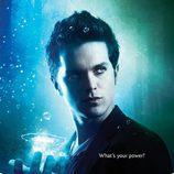 Thomas Dekker, el poder del agua en 'The Secret Circle'
