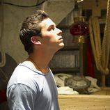 Ulises mira al techo en el inicio de temporada de 'El Barco'