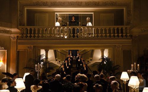Doña Teresa (Adriana Ozores) lidera 'Gran Hotel'