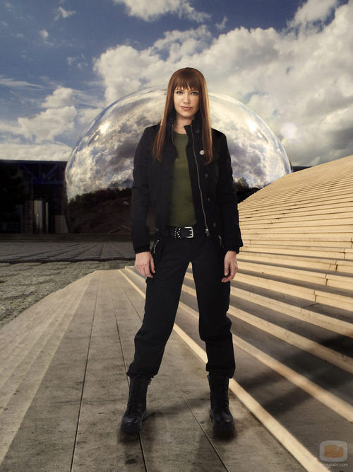 Anna Torv como la Olivia del mundo paralelo en 'Fringe'
