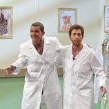 Pablo Motos recibe a Antonio Banderas en 'El hormiguero'