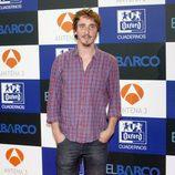 Iván Massagué posa en la presentación de la segunda temporada de 'El barco'