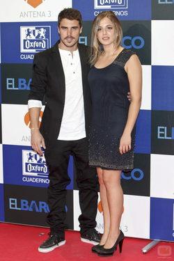 Javier Hernández y Marina Salas posan en la presentación de \'El barco\'