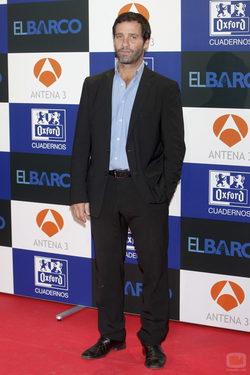 Juan Pablo Shuk, elegante en la presentación de la segunda temporada de \'El barco\'