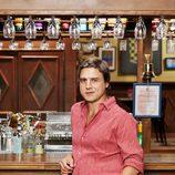 Alberto San Juan es Nico, el dueño del bar, en 'Cheers'