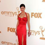 Adrianne Palicki de 'Friday Night Lights' en los Emmy 2011