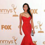 Nina Dobrev de 'Crónicas vampíricas' en los Emmy 2011