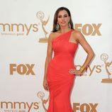 Sofia Vergara, espectacular en los Emmy 2011 para recoger el premio a 'Modern Family'