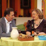 Eugenia intenta ligar con Fermín en 'Aída'