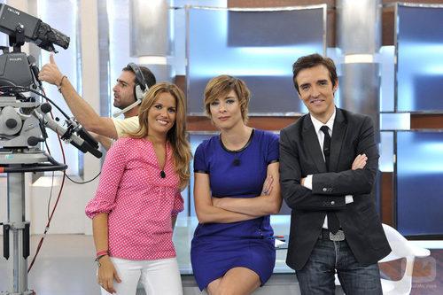 Marta López, Sandra Barneda y Ramoncín en 'De buena ley'