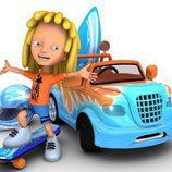 Wave, con su coche azul