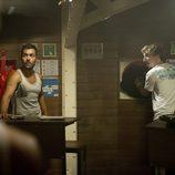 Burbuja y Ramiro visionan una película