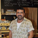Paco Tous es Tino, el churrero ambulante, en 'Con el culo al aire'