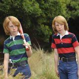 Gemelos traviesos en el piloto de 'American Horror Story'