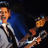 Bruno Mars actuando en los Europe Music Awards 2011