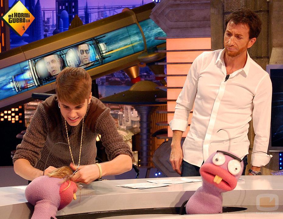 Justin con Barrancas en 'El hormiguero 3.0'