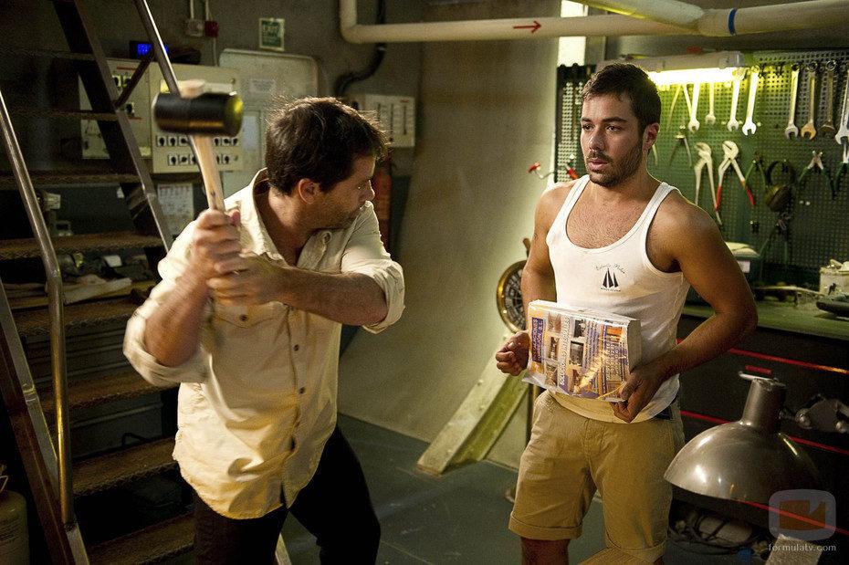 Gamboa tortura a Ramiro en 'El Barco'