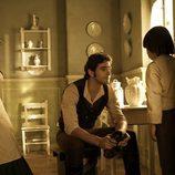 Aníbal habla con el hijo de Elena en 'Tierra de lobos'