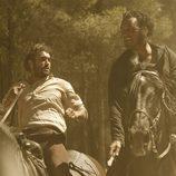 César participará en una carrera de caballos en 'Tierra de lobos'