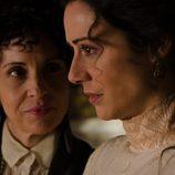 Doña Teresa y Sofía Alarcón en 'Gran Hotel'