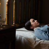 Paula Prendes yace muerta en 'Gran Hotel'