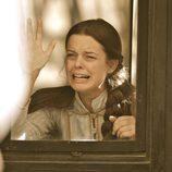 Isabel llora al marcharse de casa en 'Tierra de lobos'