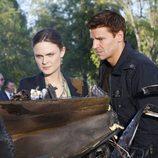 Emily Deschanel y David Boreanaz en 'Bones'