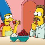 """Marge Simpson y Ned Flanders en el capítulo """"Devil Wears Nada"""""""