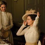 Alicia y Sofía Alarcón hablan en 'Gran Hotel'