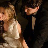 Julio habla con Alicia en 'Gran Hotel'